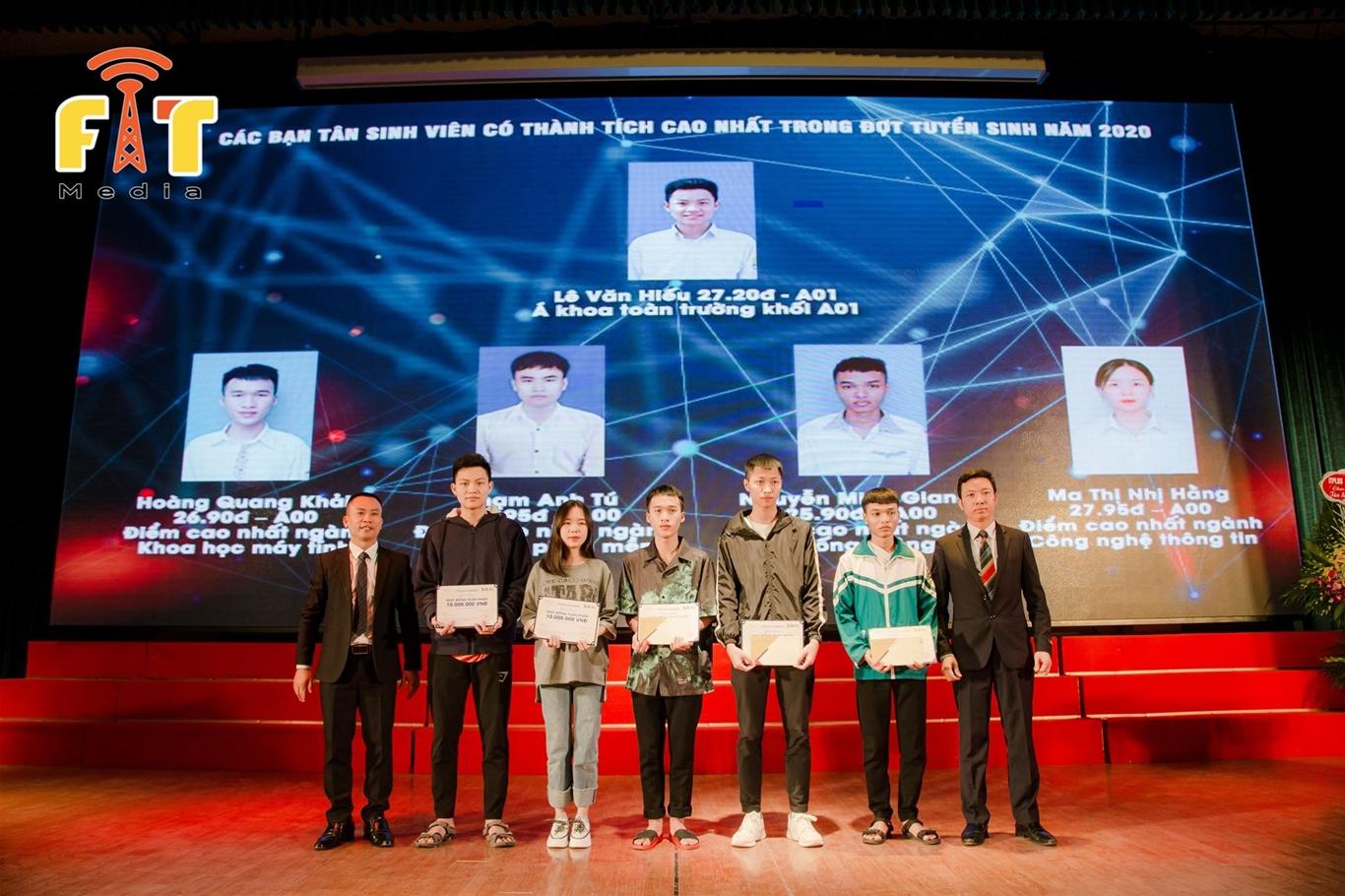 Gặp mặt tân Sinh viên K15 khoa Công nghệ thông tin