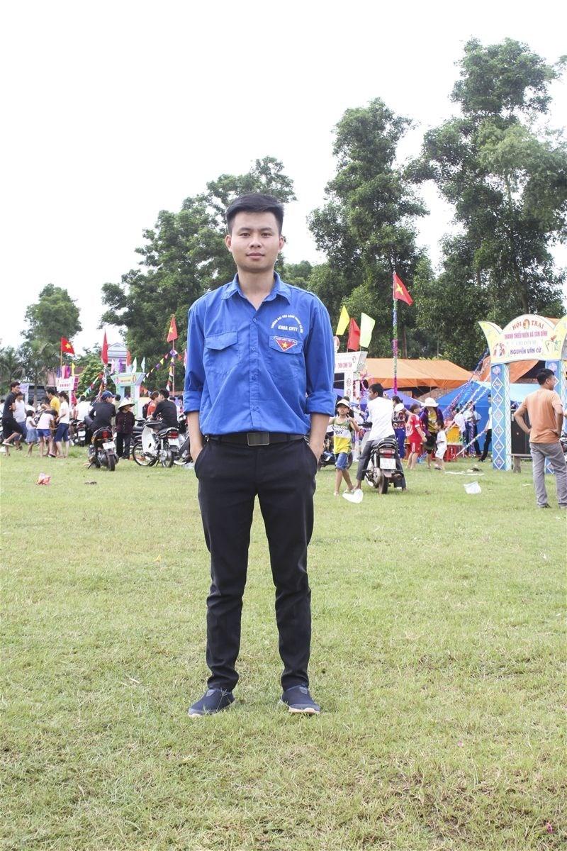 Gương sáng đội trưởng thanh niên tình nguyện