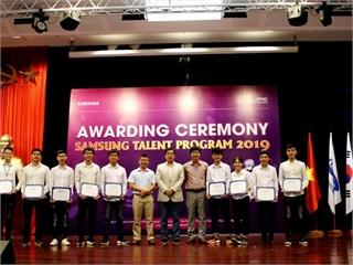 Sinh viên khoa công nghệ thông tin đạt học bổng tài năm Samsung năm 2019